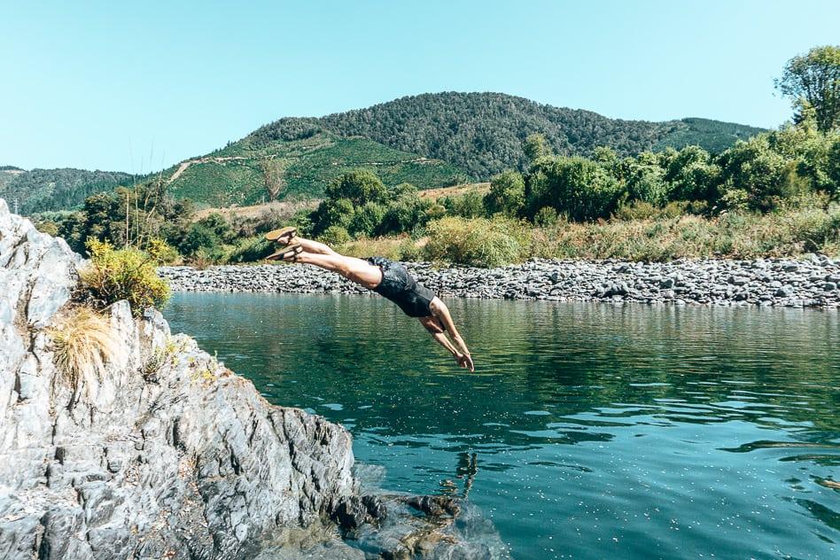 Dive Pelorus River Hobbit Kayak Tour