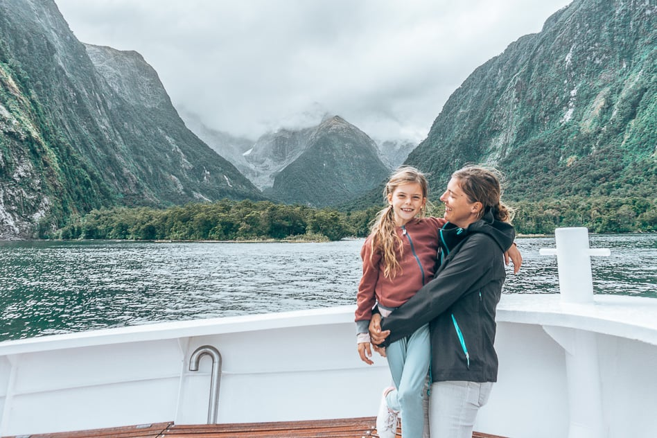 Cruise Milford Boat Sound New Zealand Fiordland Family