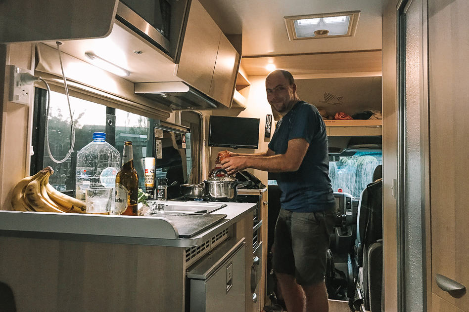 Cooking Campervan Maui Picton
