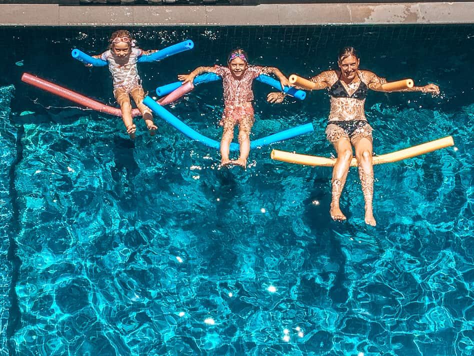 Darwin Hotel Zwembad Familie