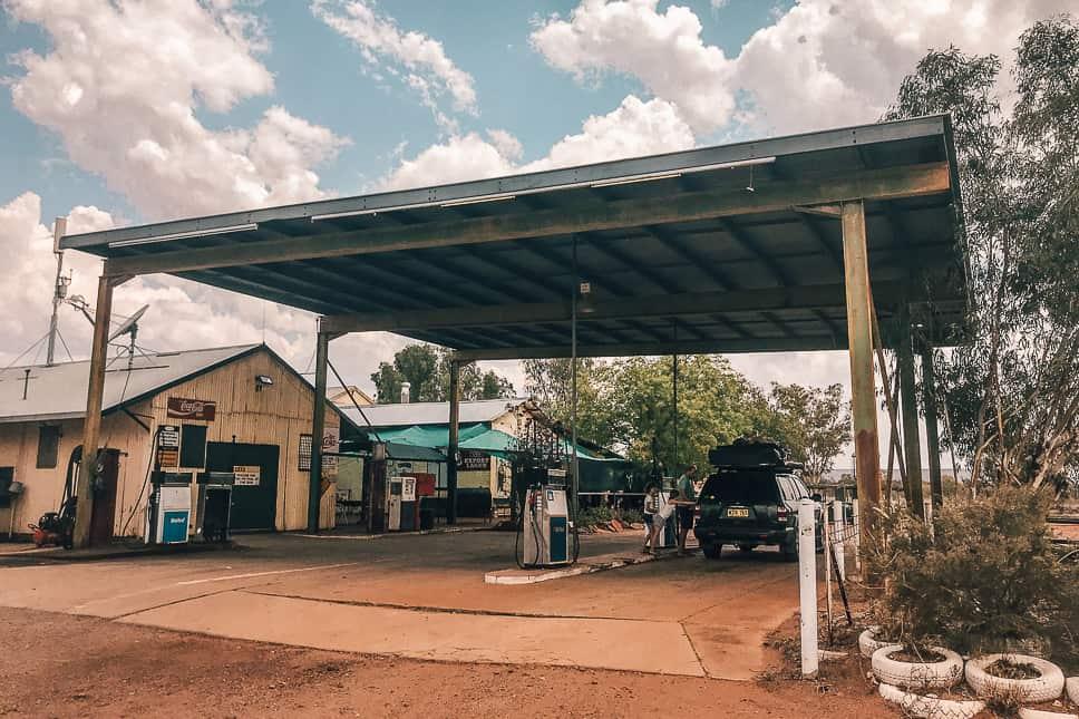 Barrow Creek Road House Fuel Stuart Highway