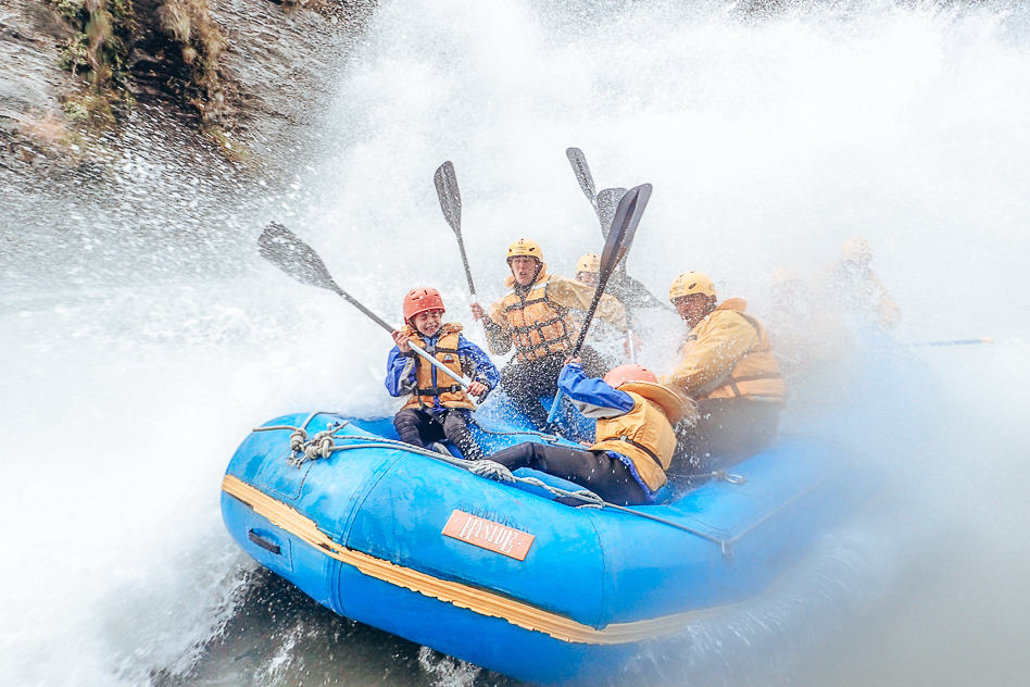 Wet Rafting Skippers Canyon Family Adventures New Zealand