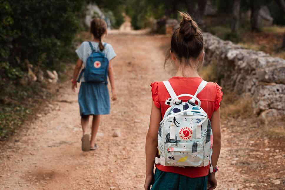 Kids Hiking with their Kanken Mini Art Fjallraven backpacks
