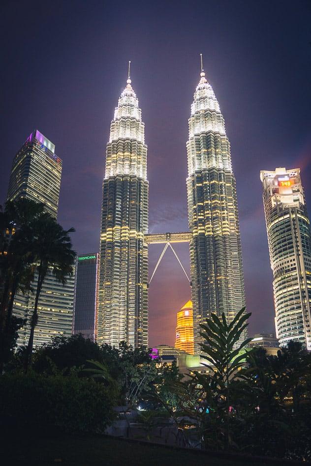 Petronas Towers Night Nacht Kuala Lumpur