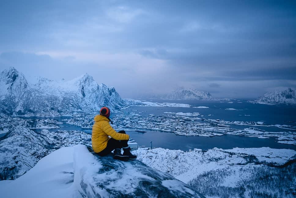 Best hikes Lofoten Islands Winter Svolvaer
