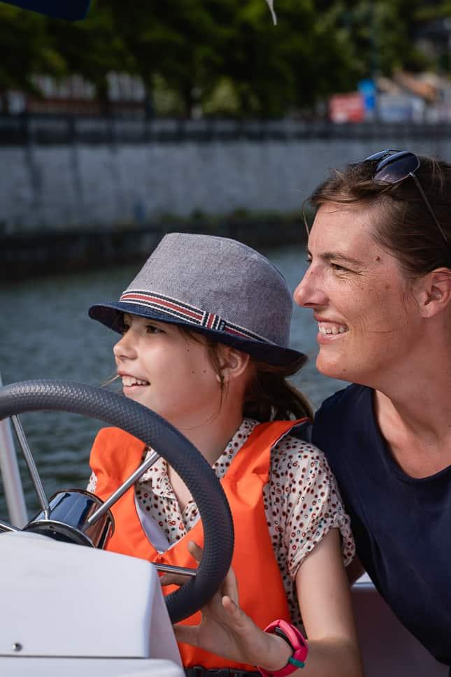 Familie boottocht Maas Namen Ardennen